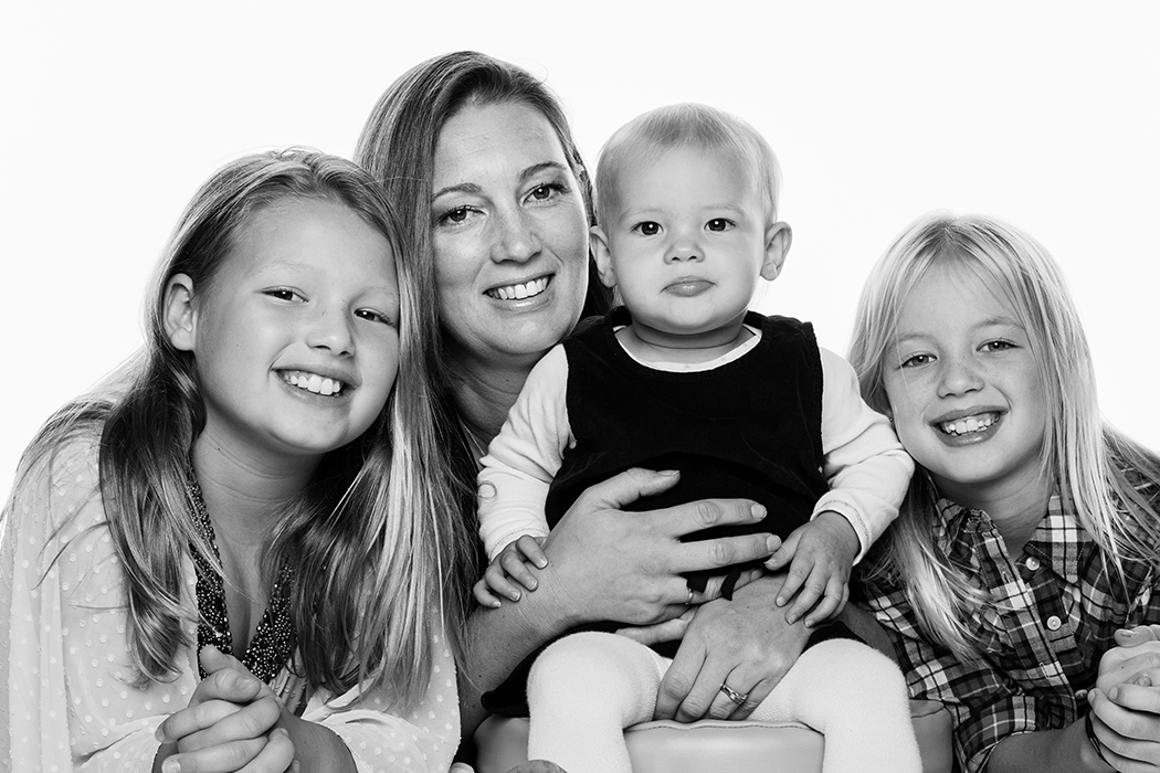 If it's time to update your family photos, here's your chance. - Saturday 18th April 2015 - 30 minute white studio photo sessions - Choose your favourite 10 high resolution digital files - $1600 HKD - Please email: claire@highjumpphotography.com for more details or to book your spot.